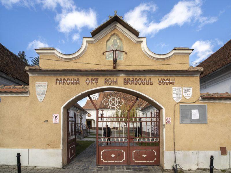 Biserica Adormirea Maicii Domnului din Brașovul Vechi 11