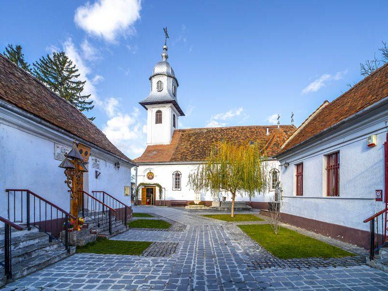 Biserica Adormirea Maicii Domnului din Brașovul Vechi 3