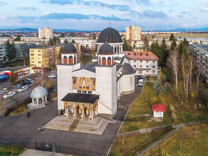 Biserica Schimbarea la Fata Brasov 9