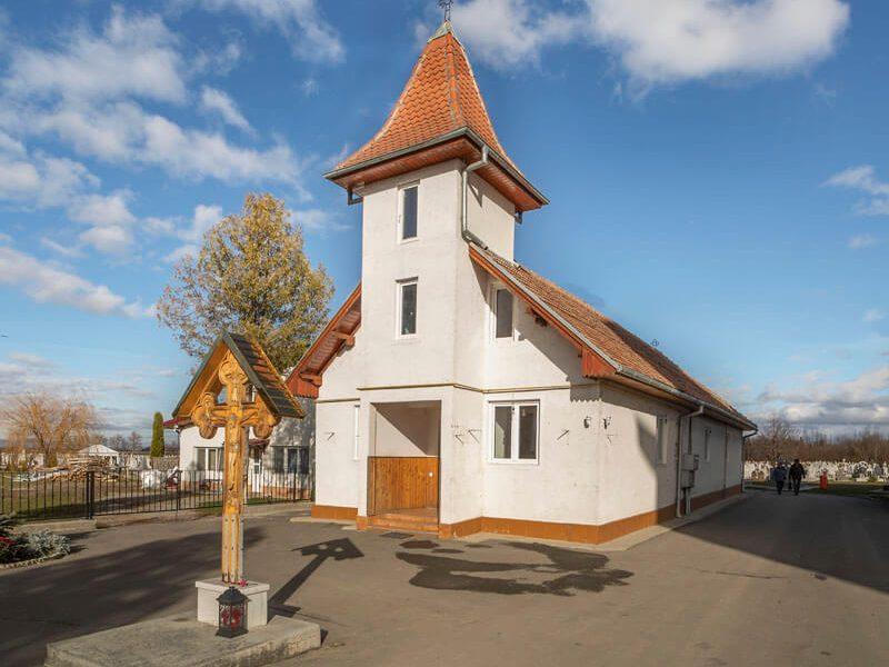 Biserica Sfânta Cuvioasă Paraschiva 9