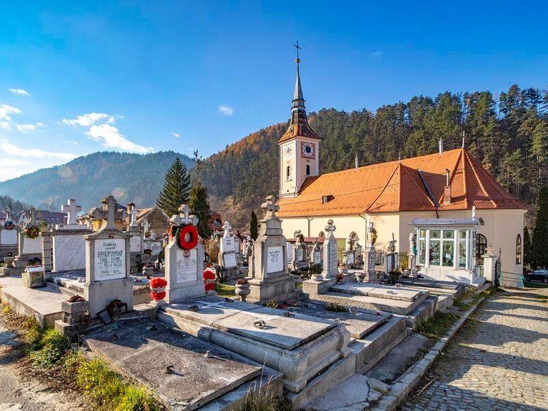 Biserica Sfânta Treime - Pe Tocile 26