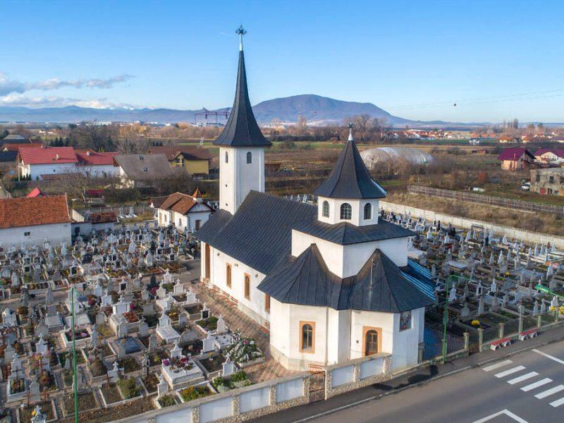 Biserica Sf. Împ. Constantin și Elena din Stupini 4