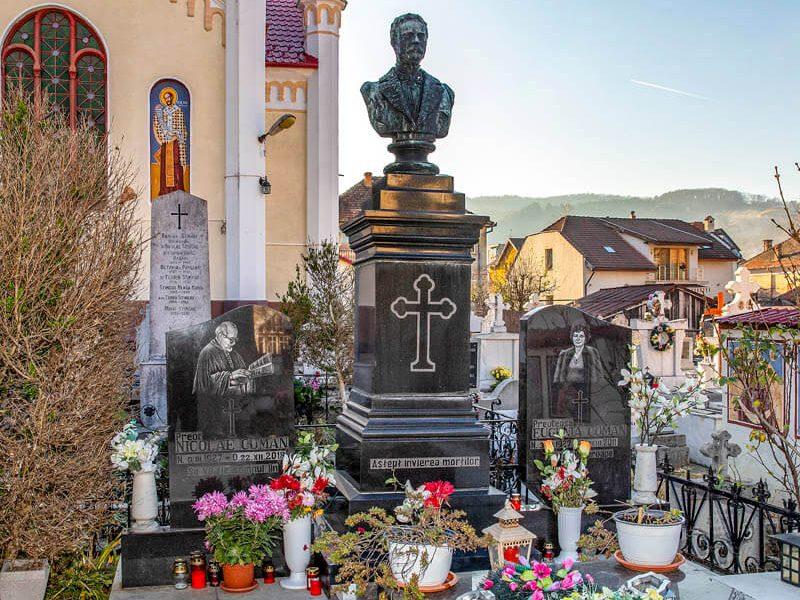 Biserica Sf. Cuv. Parascheva 14
