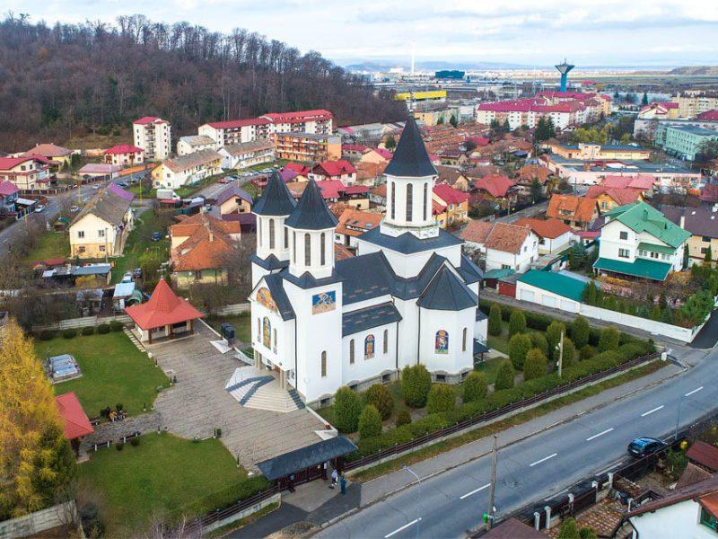 Biserica Sf. Ioan Botezătorul și Sf. Mc. Mina 10