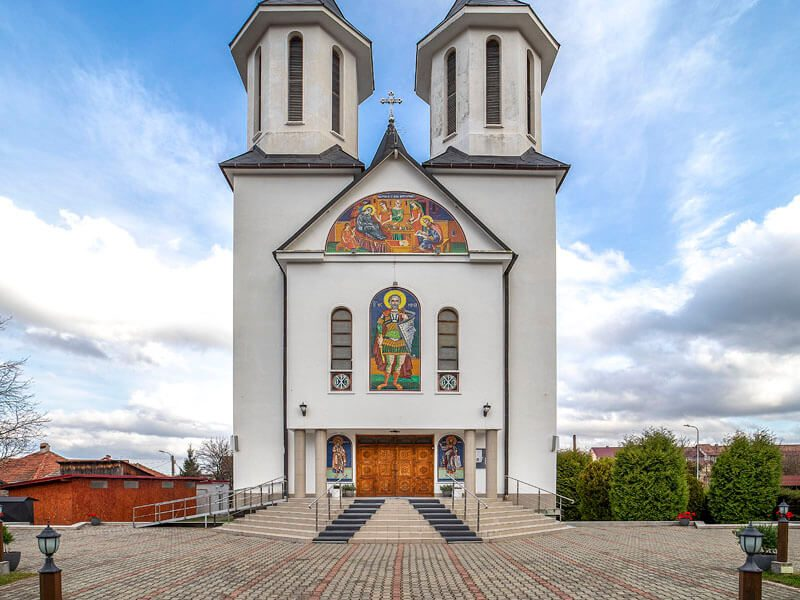 Biserica Sf. Ioan Botezătorul și Sf. Mc. Mina 21