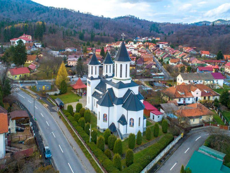 Biserica Sf. Ioan Botezătorul și Sf. Mc. Mina 6