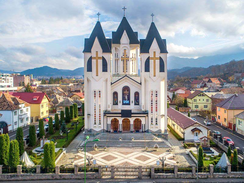 Biserica Sfinții Împărați Constantin şi Elena şi Sf. Corneliu Sutaşul 11