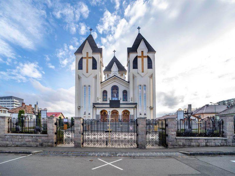 Biserica Sfinții Împărați Constantin şi Elena şi Sf. Corneliu Sutaşul 16