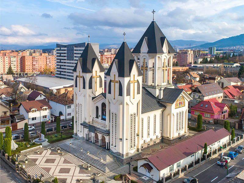 Biserica Sfinții Împărați Constantin şi Elena şi Sf. Corneliu Sutaşul 8