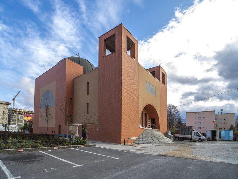 Biserica Nașterea Maicii Domnului și Sf. Nicolae 5