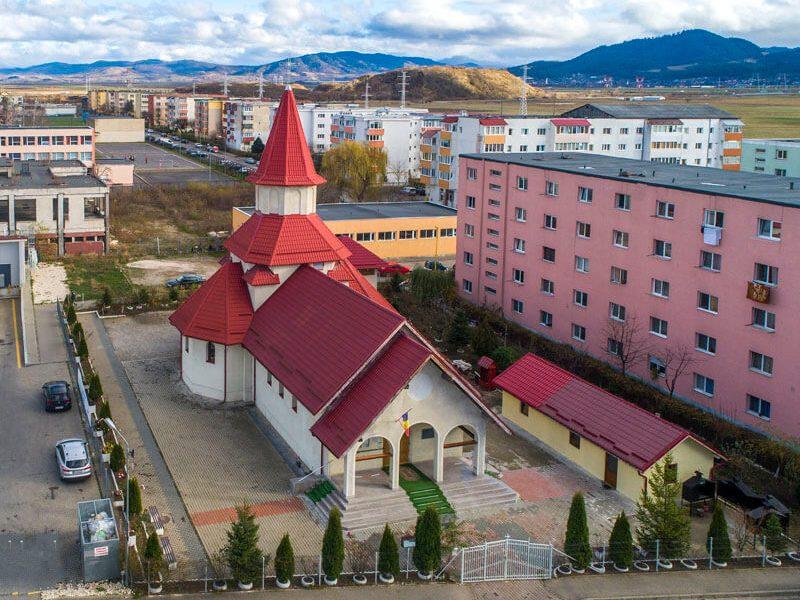 Biserica Sfântul Mare Mucenic Gheorghe 1