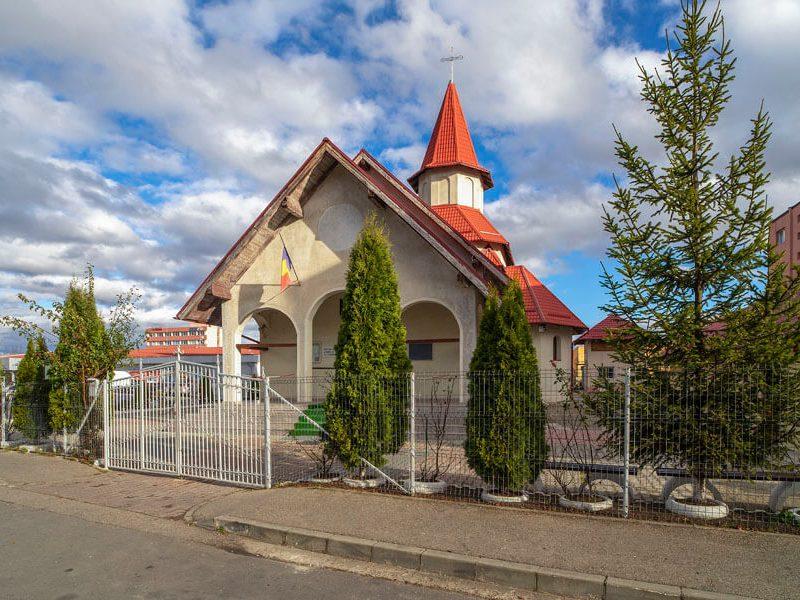 Biserica Sfântul Mare Mucenic Gheorghe 2
