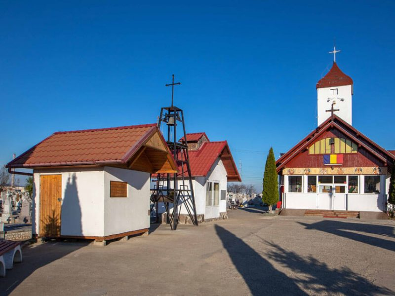 Biserica Sf. Arhangheli Mihail și Gavriil și Buna Vestire 6