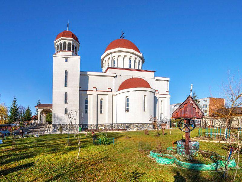 Biserica Sf. Proroc Ioan Botezătorul şi Visarion de la Larisa 8