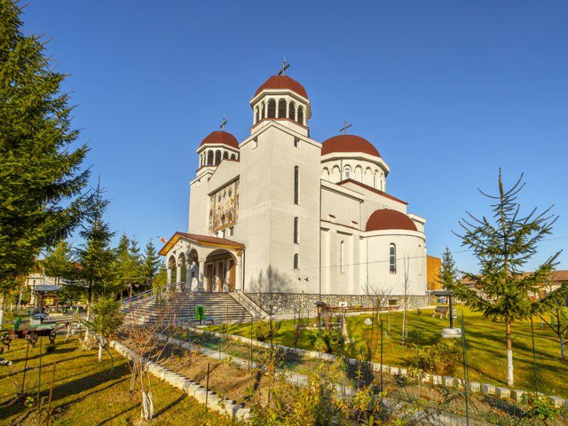 Biserica Sf. Proroc Ioan Botezătorul şi Visarion de la Larisa 9
