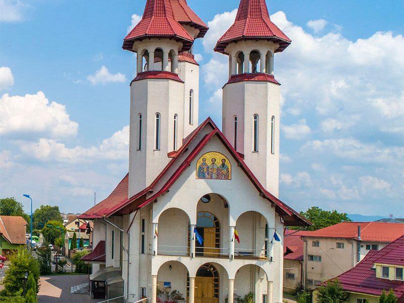 Biserica Sf. Trei Ierarhi și Sf. Bartolomeu 10