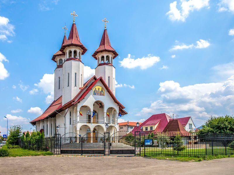 Biserica Sf. Trei Ierarhi și Sf. Bartolomeu 11