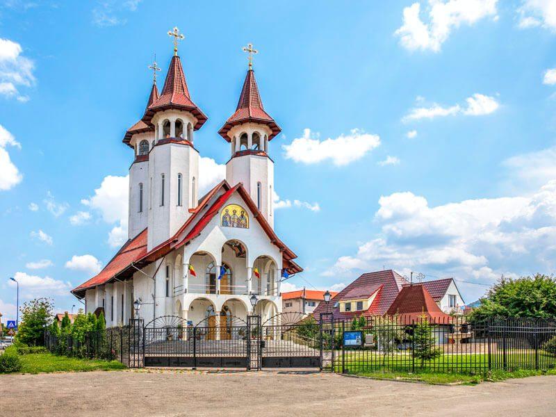 Biserica Sf. Trei Ierarhi și Sf. Bartolomeu 12