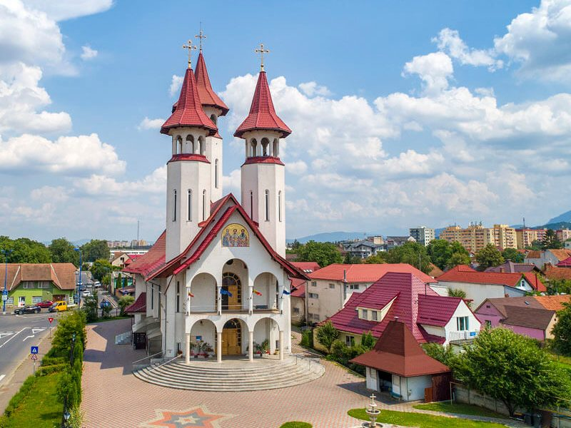 Biserica Sf. Trei Ierarhi și Sf. Bartolomeu 7