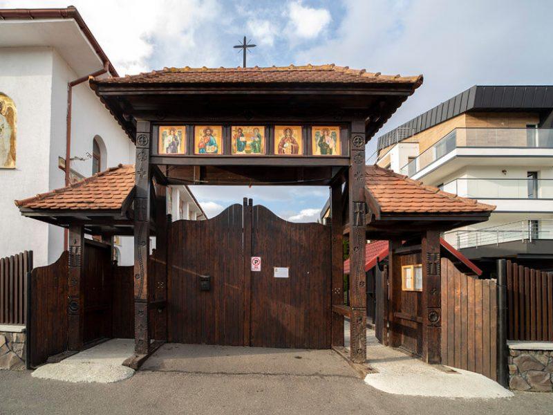 Biserica Sfinții Arhangheli Mihail și Gavriil 3