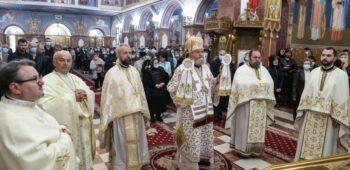 """21 Mai Hram la Biserica """"Sfinţii Împăraţi Constantin şi Elena"""" din Braşov (3)"""