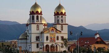 Hram la biserica Sf. Ap. Petru și Pavel Ghimbav (7)